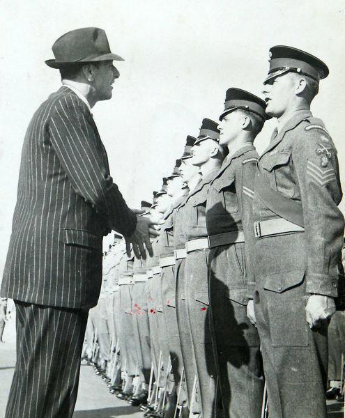 anthonty head, secretary of state for war, inspection, guard of honour, golf course camp, Album 131, Grenadiers3332