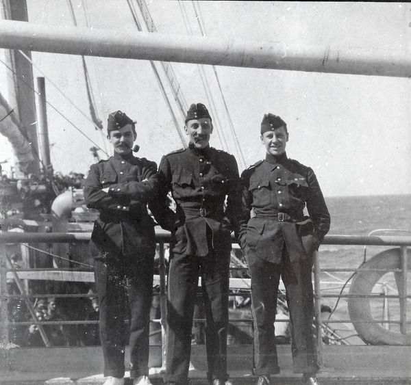 on board the dunera, Album 16, Grenadiers0783