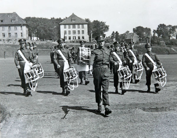 corps of drums, Album X3, Grenadiers3560