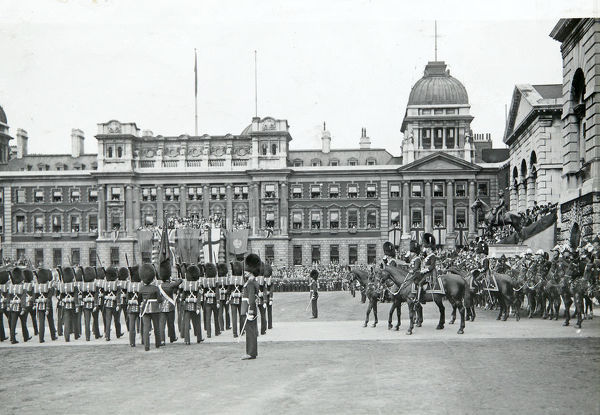 horse guards parade trooping the colour