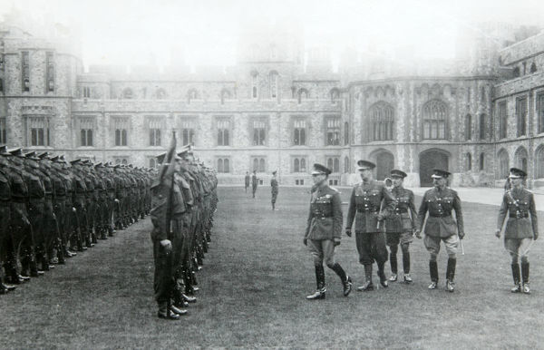 inspection, windsor, hm king george vi, sir piers leigh, hon h forbes, col pilcher, 21 april, 1942, Album 153, Grenadiers3436