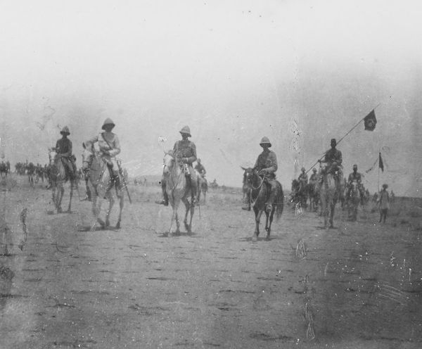 omdurman, firing line awaiting dervish attack, sir robert filmor, lord kitchener, Album 34, Grenadiers1600