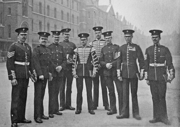sergeants-in-waiting, chelsea barracks, Album 33, Grenadiers1532