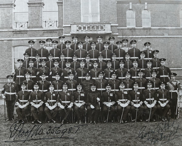 sergeants, windsor, 1934, Album 122, Grenadiers3233