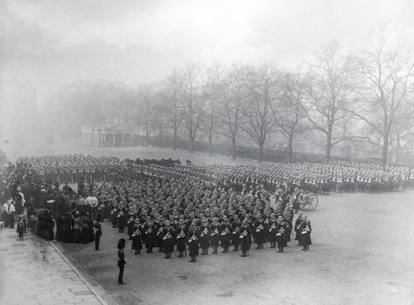 wellington barracks, before departure for south africa, Album 17, Grenadiers0846
