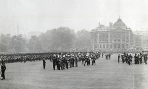 1902 giving south africa medals horse guards parade