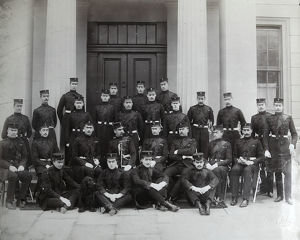 2nd battalion officers starting for war march 1900