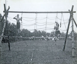 battalion sports july 1909 obstacle race