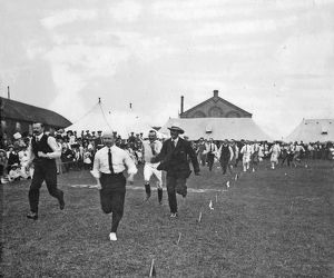 battalion sports july 1909 officers race