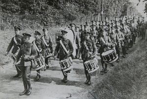 drums march