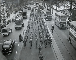march victoria embankment 1950s period traffic