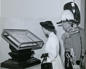 remembrance day 1949 hrh princess elizabeth